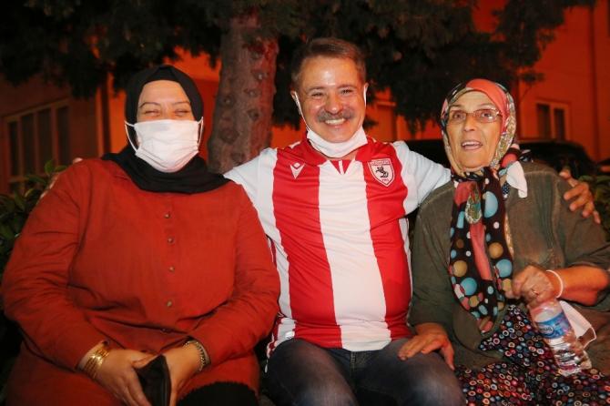 Atakum'da bin meşale Samsunspor için yandı
