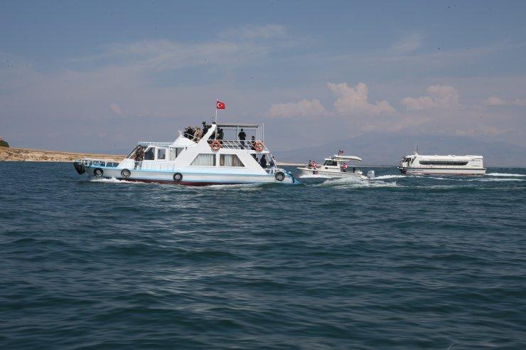 İçişleri Bakanı Süleyman Soylu'dan kaybolan tekneye ilişkin açıklama: (2)