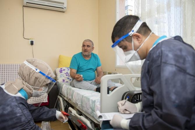 Büyükşehir Belediyesinin Evde Sağlık Hizmeti devam ediyor