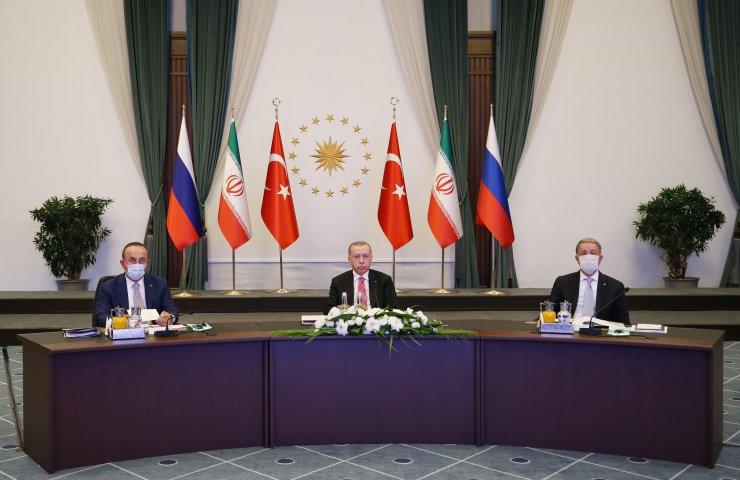 Türkiye-Rusya Federasyonu-İran Üçlü Videokonferans Zirvesi başladı