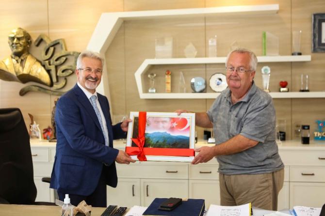 Gömeç Belediye Başkanı Mehmet Himam'dan, Turgay Erdem'e teşekkür ziyareti