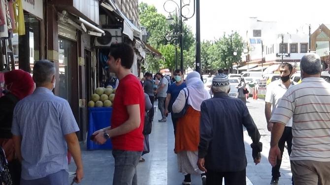 Diyarbakır korona virüs salgınında her gün yeni pik noktası yaşıyor