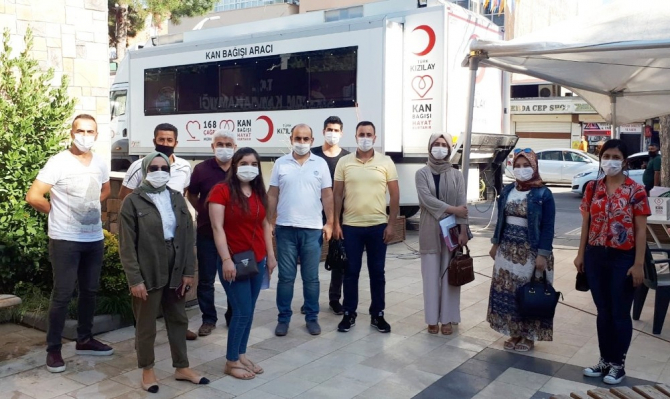 Silvan'da kurumlardan kan bağışına destek