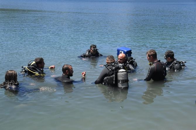 Isparta'da Su Altı Arama ve Kurtarma Timi göreve hazır