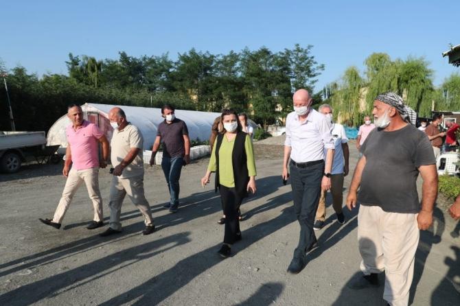 İzmit Belediyesi bitki alımı için Kartepeli kooperatifle imzaları attı
