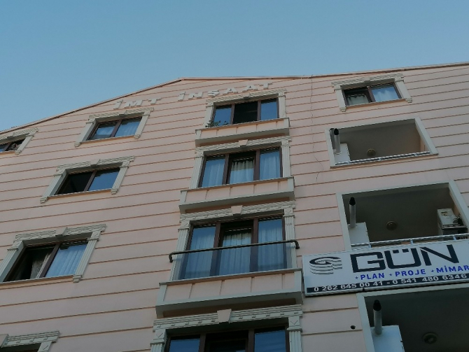 Balkonun düşen korkuluğu 3 yaşındaki Esila'yı ölüme götürdü