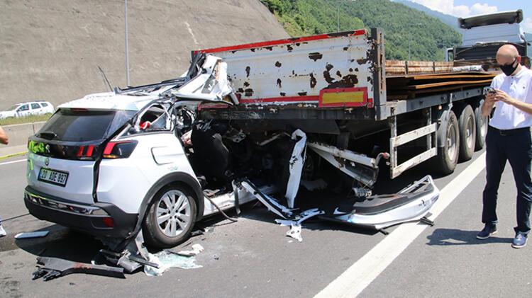 Bolu'da feci kaza:2 ölü 1 yaralı!