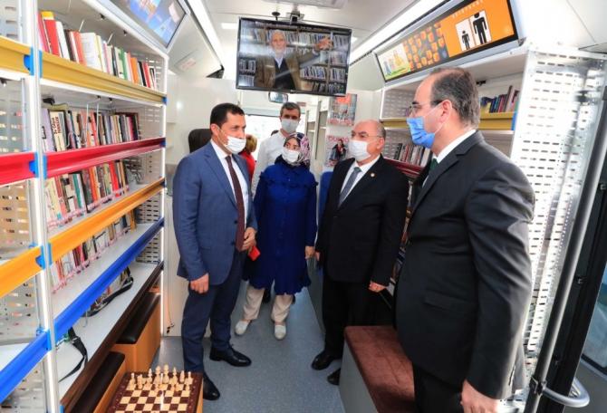 Amasya'da Gezici Kütüphane ile bilgi vatandaşın ayağına gidecek