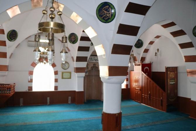 Ermeni mimarların tasarladığı bu camiden Türkiye'den 2 tane bulunuyor