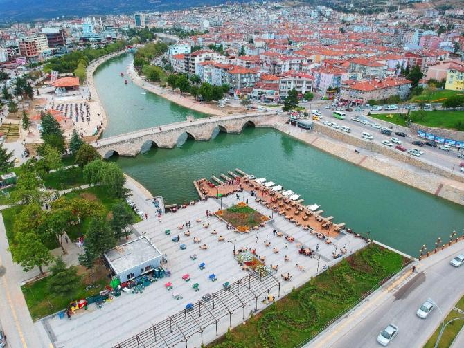 Orta Karadeniz'in incisi konumunda olan Tokat'ın çehresi değişiyor