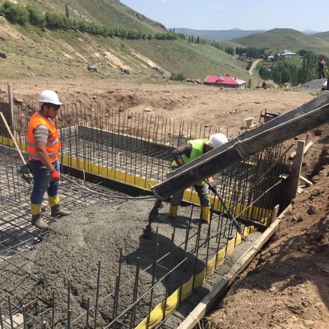 Kars'ta köylerin sorunları çözülüyor