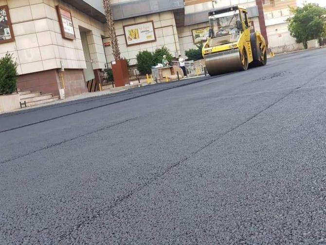 Türkiye'nin en büyük mahallesinde yol yapım çalışmaları sürüyor