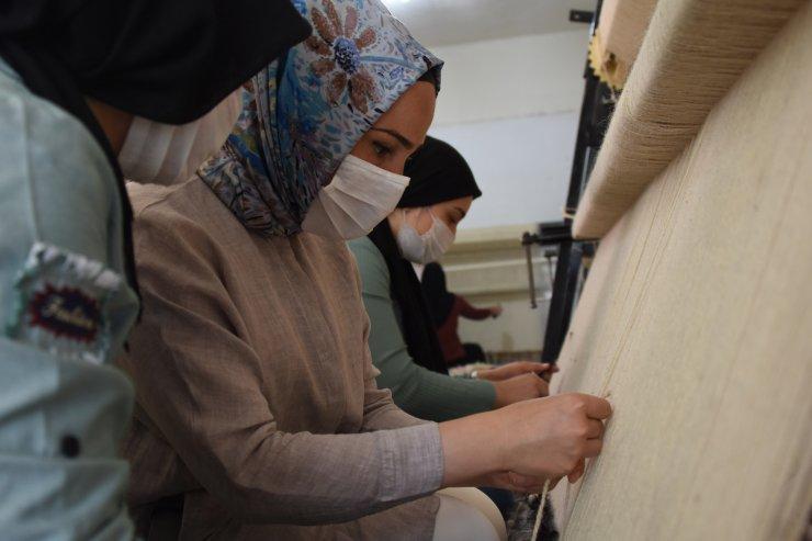 Kadın Kaymakam, kadınların ürettiği organik ürünleri markalaştırıp, satarak istihdam sağlıyor