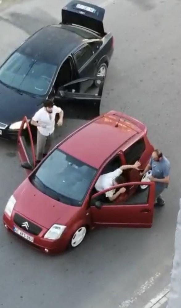 Silahlı yol verme kavgasında 3 gözaltı