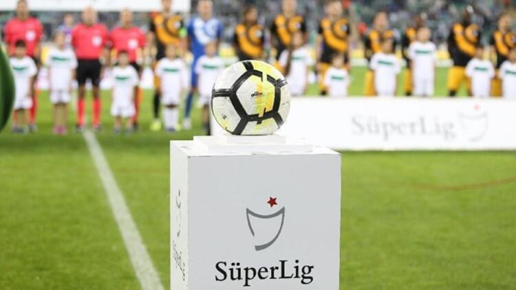 Süper Lig'de yabancı kuralı değişti!