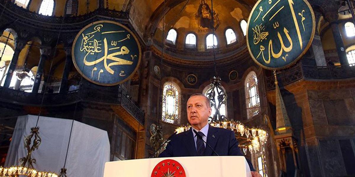 Cumhurbaşkanı Erdoğan'dan Ayasofya ile ilgili flaş açıklama: Diğer ülkelere alınan karara saygı göstermek düşer