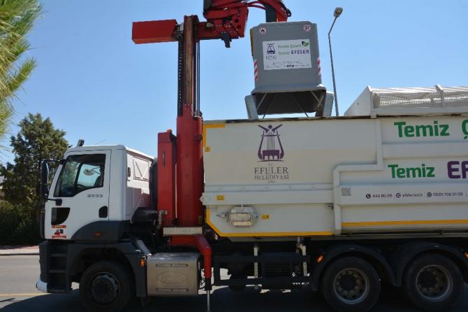 Efeler'de çöp konteynerleri yenilenmeye devam ediyor