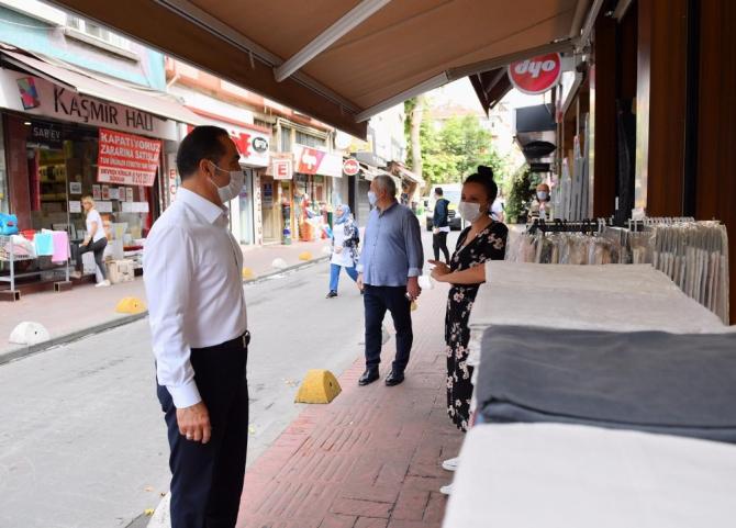 Beyoğlu'nda vatandaş başkan el ele