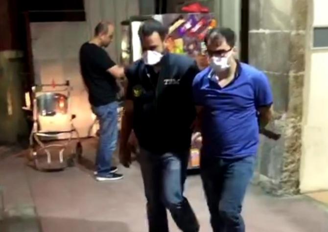 İzmir merkezli çifte FETÖ operasyonu: 28 şüpheli gözaltına alındı