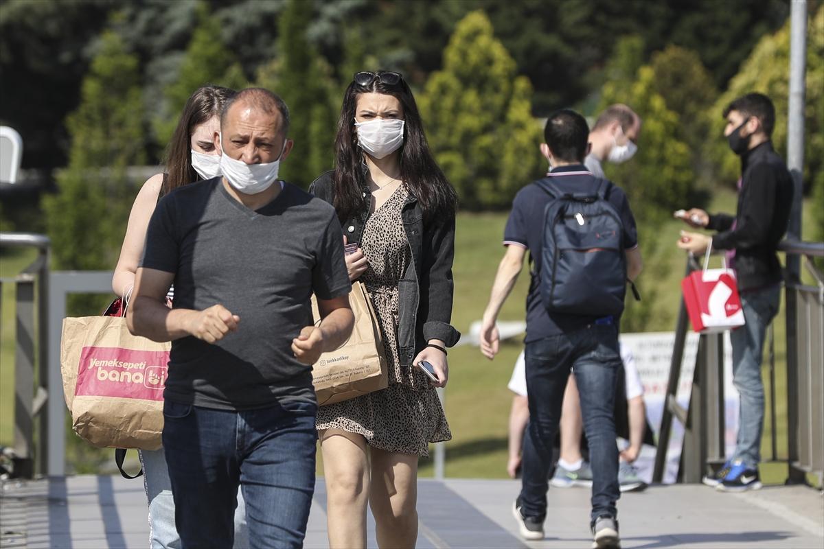 Prof.Dr. Tevfik Özlü: Hiç kimse kendisini virüse karşı korunmuş zannetmesin