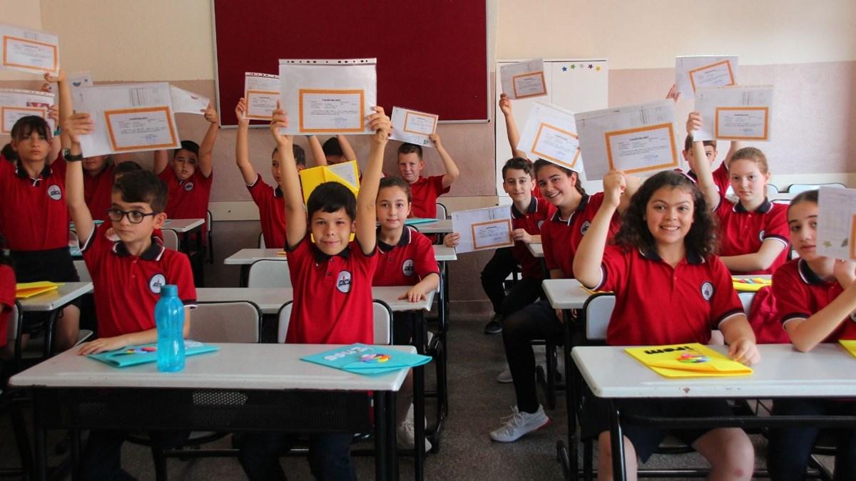 Milli Eğitim Bakanı Selçuk açıkladı: Okullar açılacak