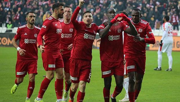 Süper Lig'de bu sezon en çok yabancı Galatasaray'da