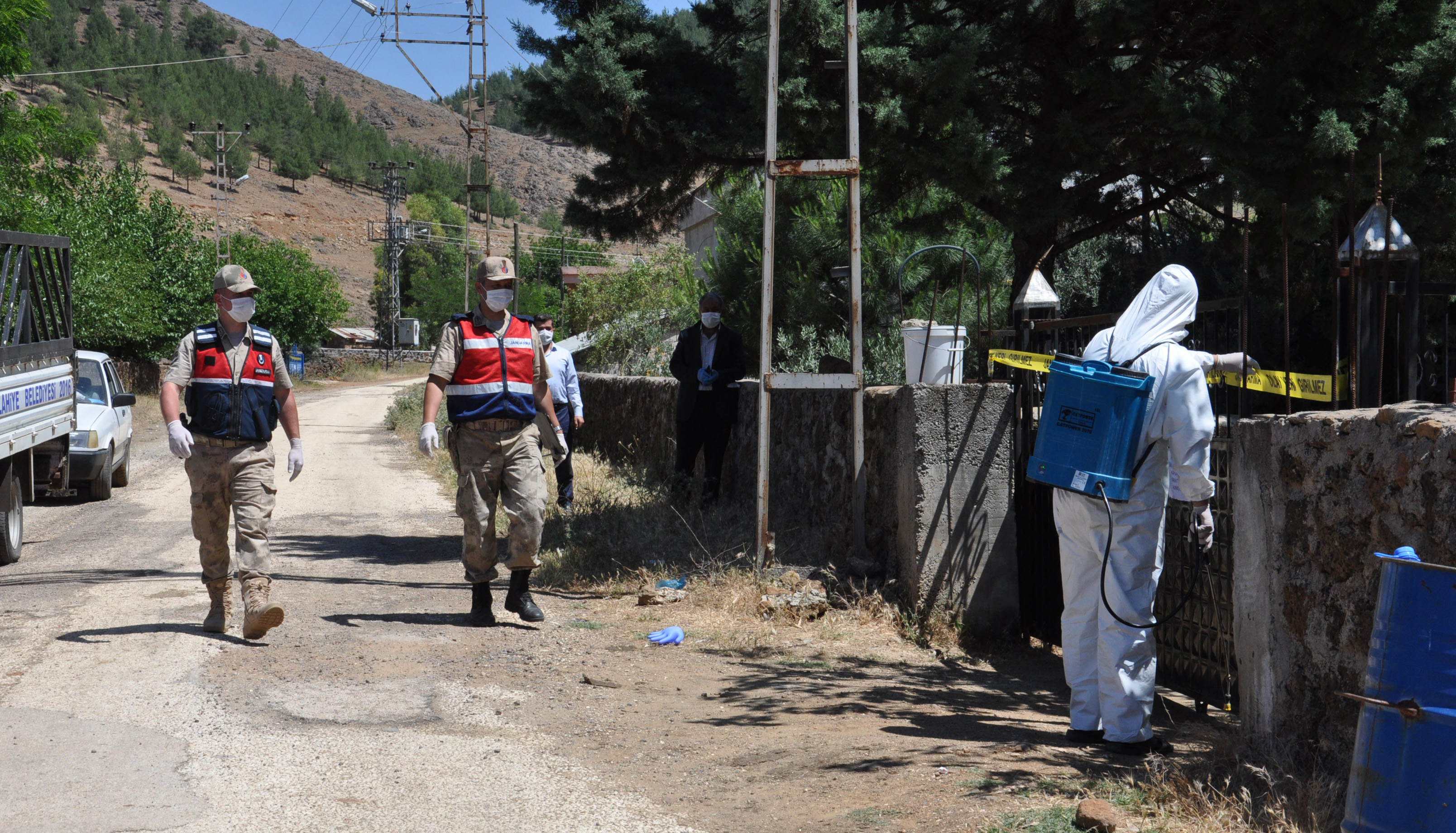 Gaziantep'te koronavirüs şoku! Bayramda 115 evde karantinaya alındı