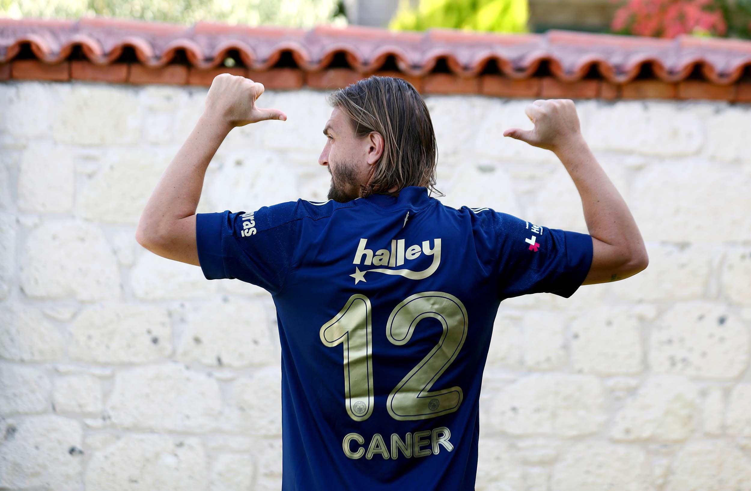 Fenerbahçe, Gökhan'dan sonra Caner Erkin'i de transfer etti