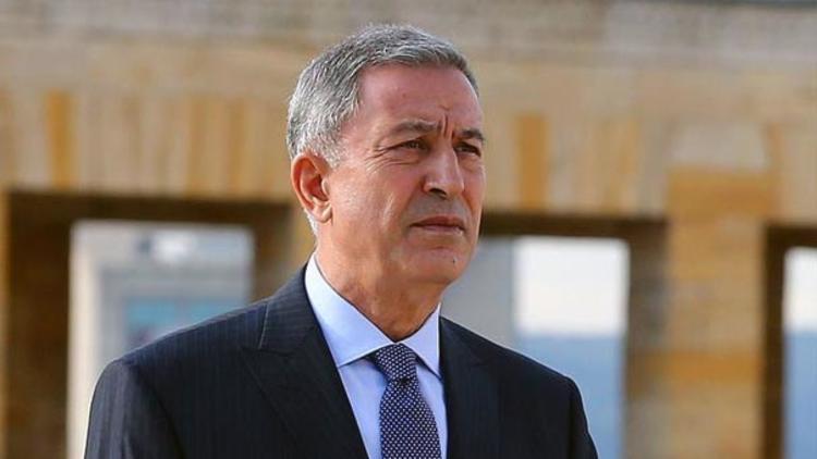 Bakan Akar ve heyeti Azerbeycan'a gitti