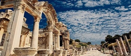 Türkiye, Kovid-19 etkisinde 10 ayda yaklaşık 14 milyon ziyaretçi ağırladı