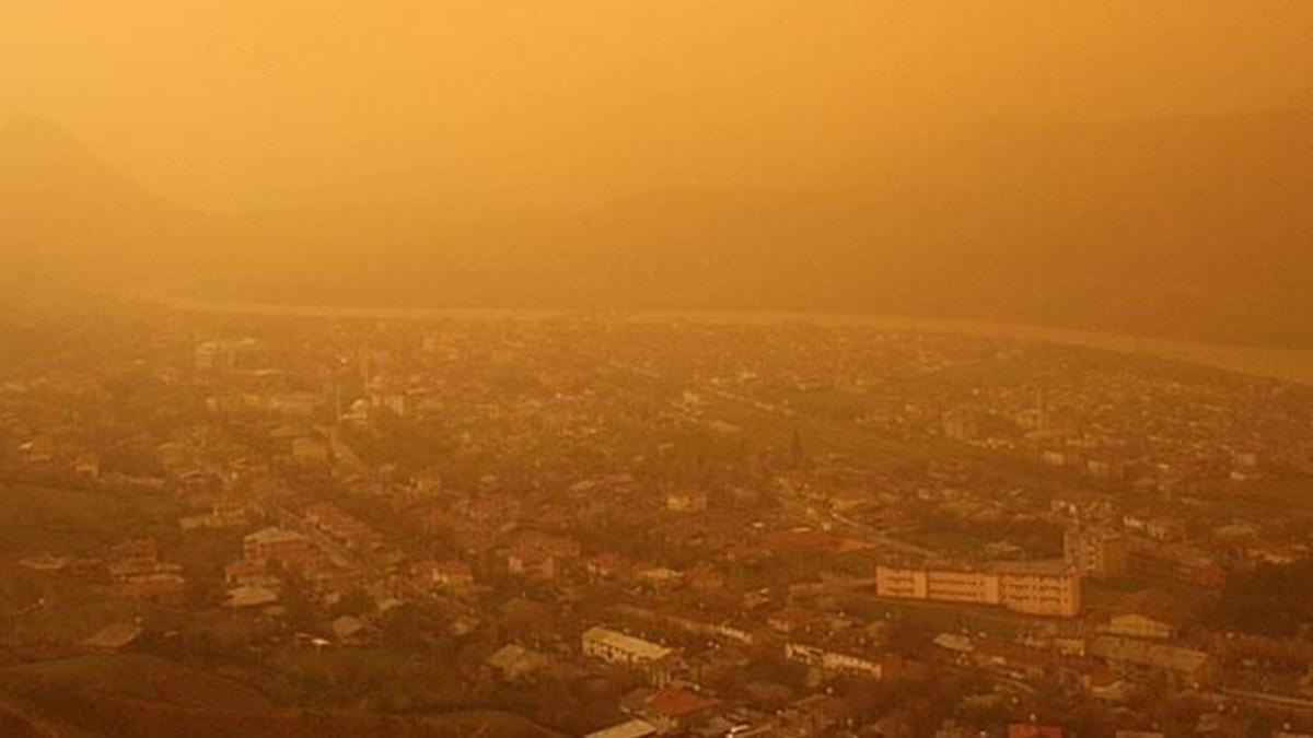Prof. Dr. Cemal Saydam'dan çöl tozları için uyarı: ''Koronavirüsü yayabilir''