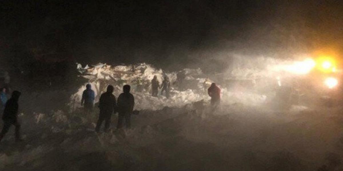 Rusya'da çığ felaketi: 1 kişi hayatını kaybetti, 12 kişi kayıp