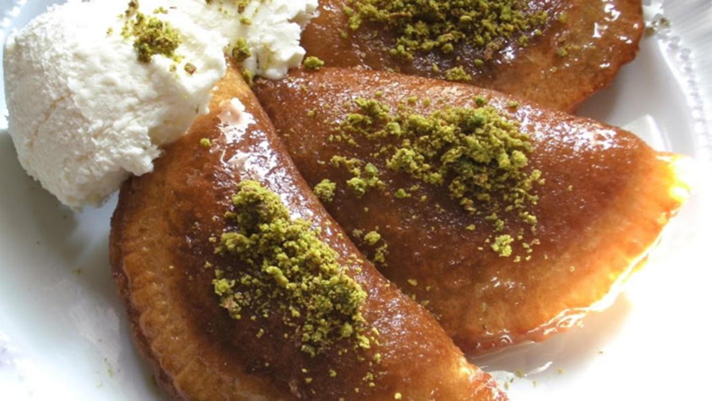 Gelinim Mutfakta Taş Kadayıf Tatlısı tarifi   Ispanaklı Kol Böreği nasıl yapılır? Malzemeleri nelerdir?