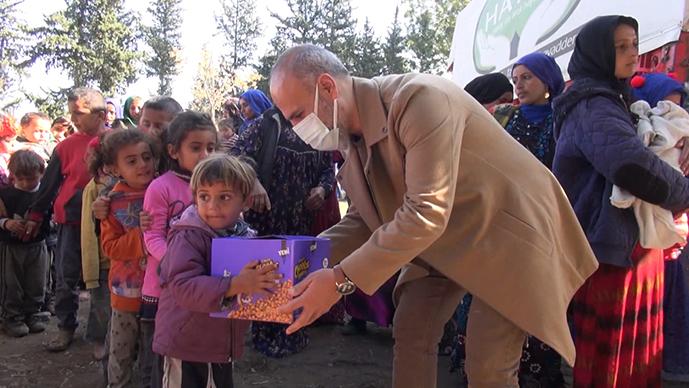 Tuzla Belediyesi, Suriyeli mültecilere desteğini sürdürüyor!