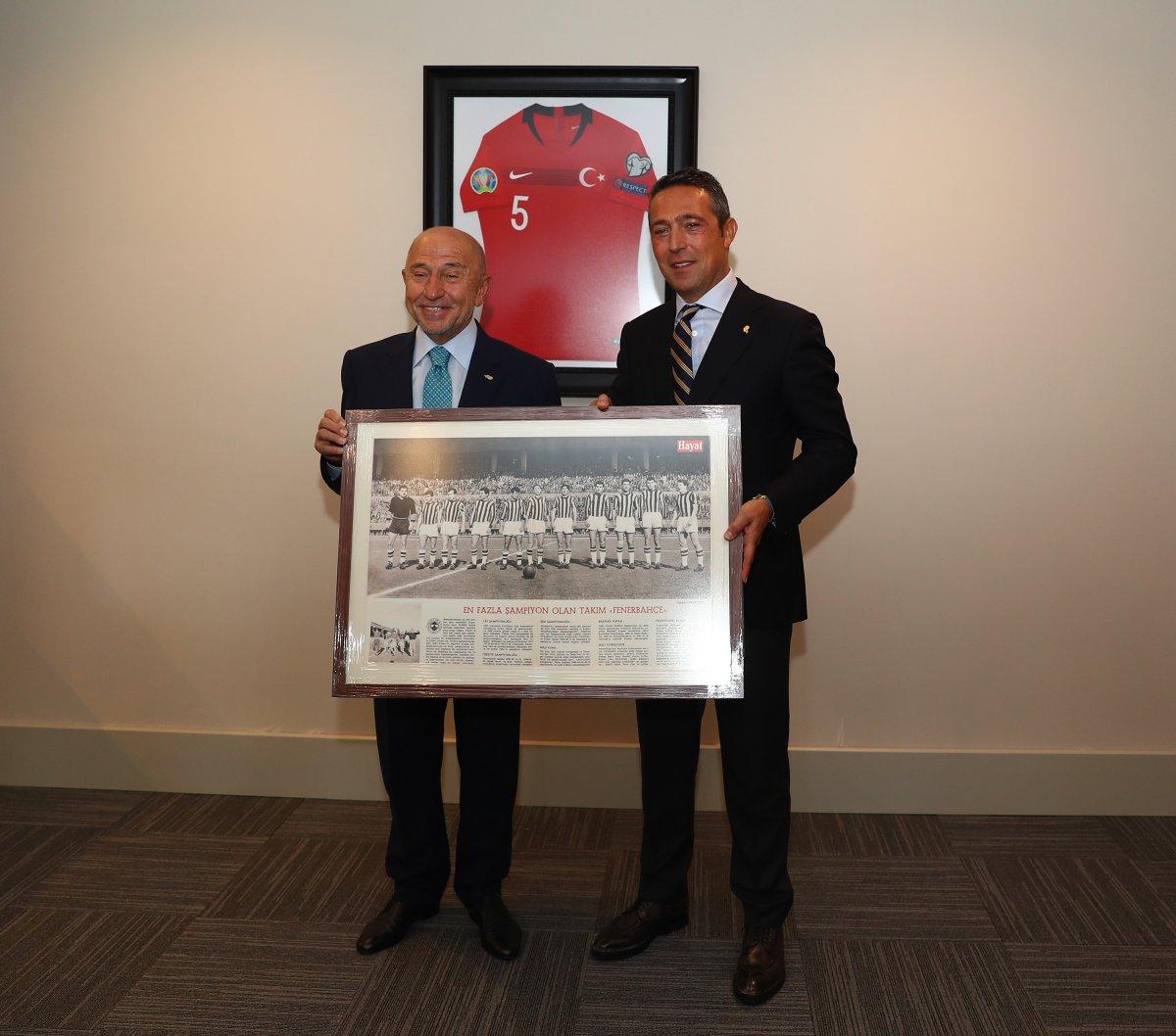 TFF Başkanı Nihat Özdemir Serdar Aziz ve Gustavo maaşlarında indirime gittiler