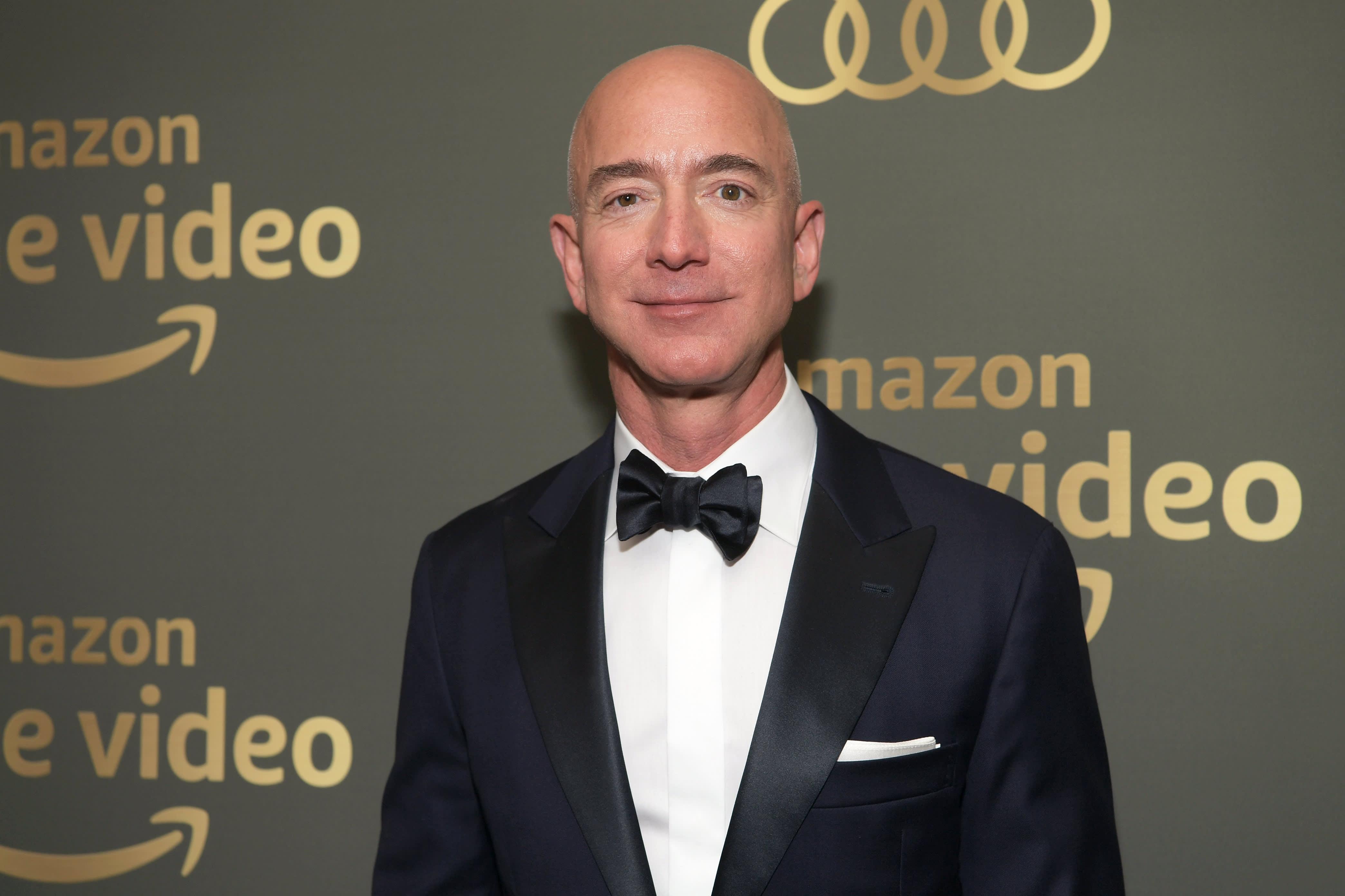 Amazon'un kurucusu Jeff Bezos'tan flaş karar: Görevini bırakıyor
