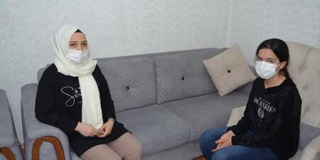 Aksaray'da bir saldırgan, kaldırımda anneannesini bekleyen küçük kıza yumruk attı