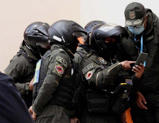 Bolivya'da bir üniversitede dehşet yaşandı! Çıkan kavgada korkuluklar kırıldı: 5 ölü