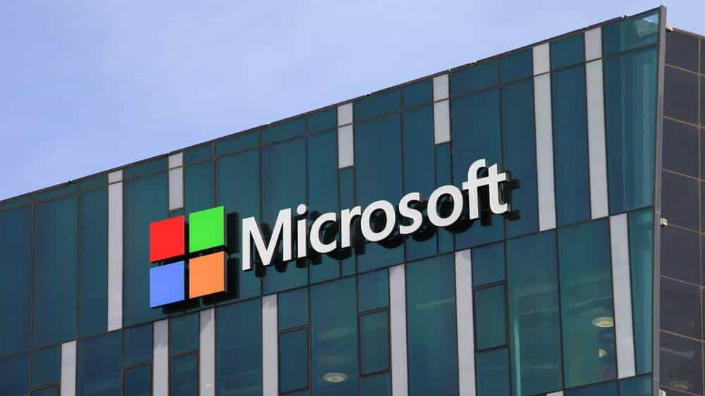 Microsoft'a siber vurgun! Binlerce hesap hacklendi