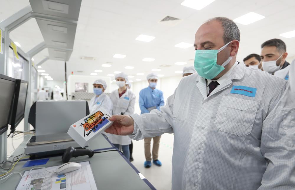 Bakan Varank duyurdu: Teknoloji devi Türkiye'de üretime başlıyor!