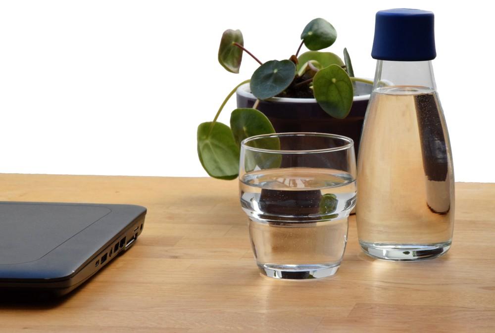 İdrarınız koyu renkte ise dikkat! Su tüketiminiz yetersiz olabilir