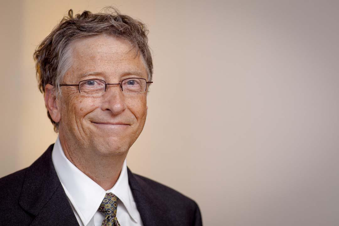 Bill Gates'ten aşıyla ilgili komplo teorilere yanıt: Aşıya güveniyorum