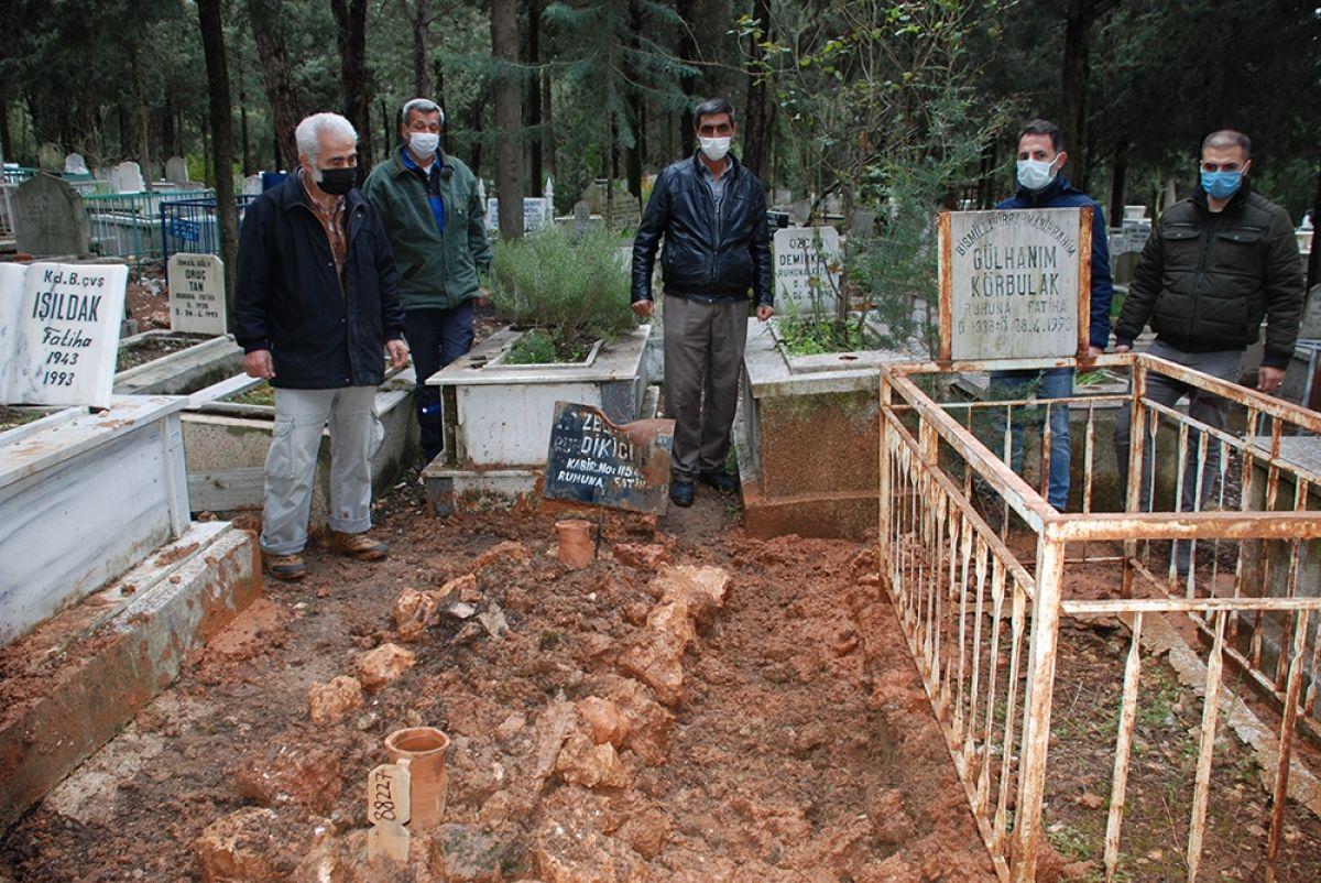 İzmir'de ilginç olay! 16 yaşında öldü, 87 yaşında gömüldü
