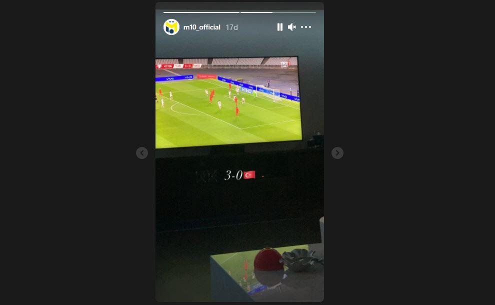 Mesut Özil'den 'Milli Takım' paylaşımı!