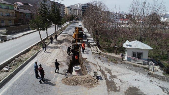 Tatvan Belediyesi alt yapı çalışmalarına başladı