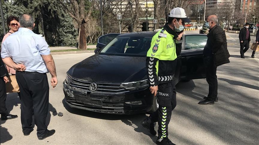 İYİ Parti Ankara Milletvekili Durmuş Yılmaz kaza geçirdi!