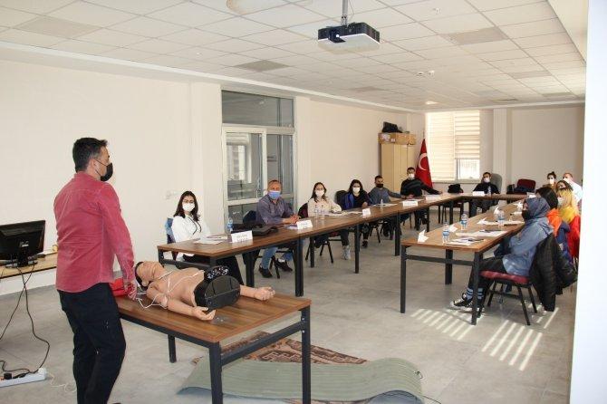 Kırıkkale'de bir yılda 513 kişiye temel ilk yardım eğitimi verildi