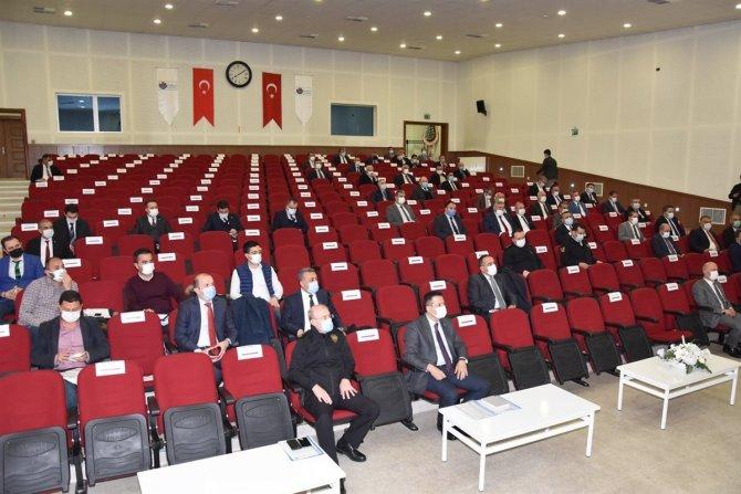 Kırıkkale Valisi Sezer, kentte 81 proje yürütüldüğünü açıkladı