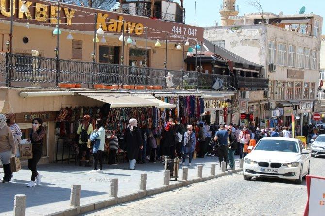 Mardin tarihi bölgelerde turist kalabalığı