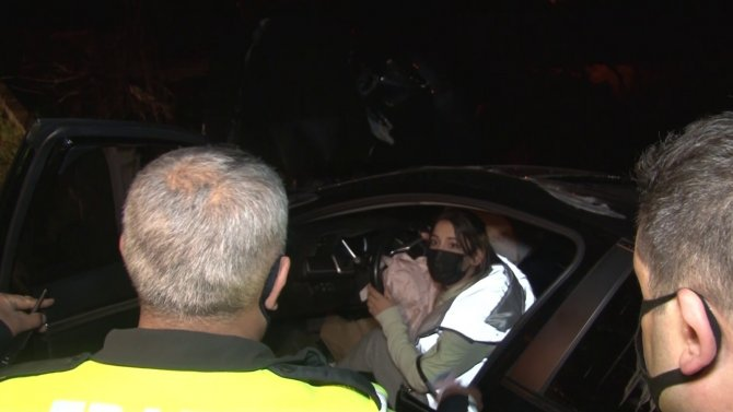 Kısıtlamaya uymayan alkollü sürücü kaza yaptı: Polise yalan söyledi!